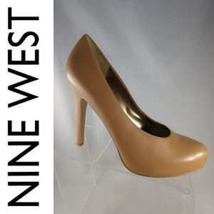 NEW Nine West 9.5 Nude Tan Heels Pumps Women
